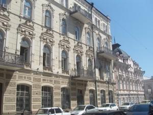 военный госпиталь -охраняемый памятник архитектуры